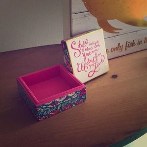 NWT lacquer box